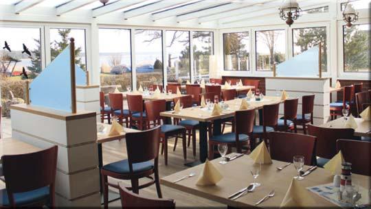 Im Wintergarten vornehm Speisen ... Hotel am Wasser - Breege